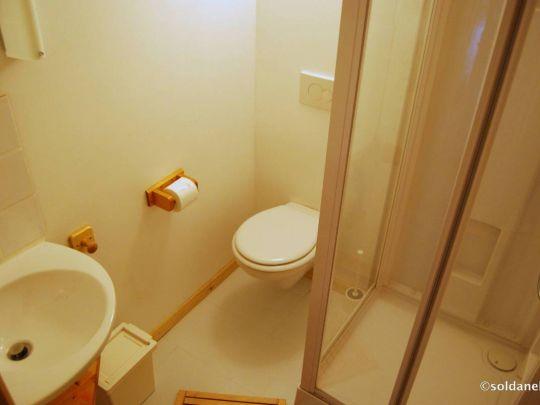 Ancolie Salle de douches
